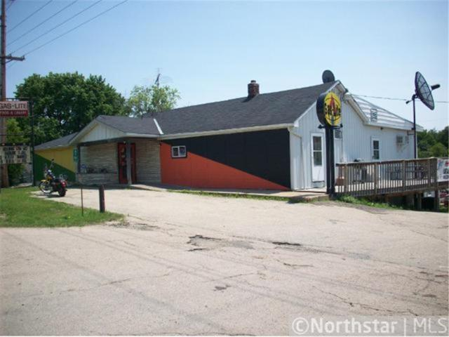 W8941 Us Highway 10, Ellsworth, WI 54011 (#4963043) :: The Preferred Home Team