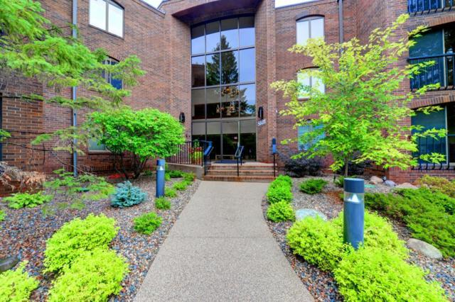 5601 Dewey Hill Road #107, Edina, MN 55439 (#4992911) :: The Janetkhan Group