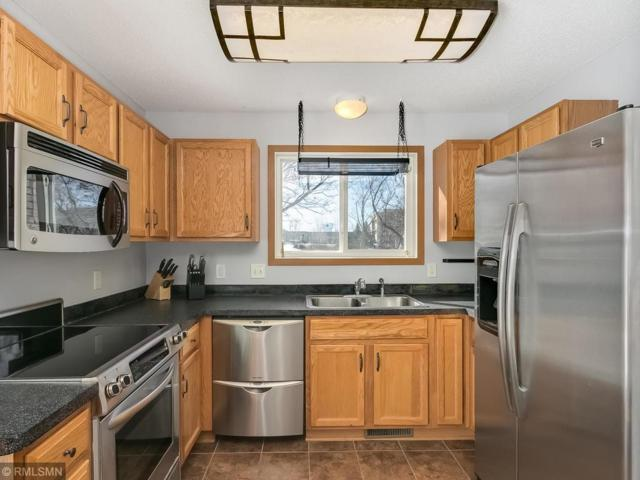 7793 Village Place, Chanhassen, MN 55317 (#5143069) :: The Janetkhan Group