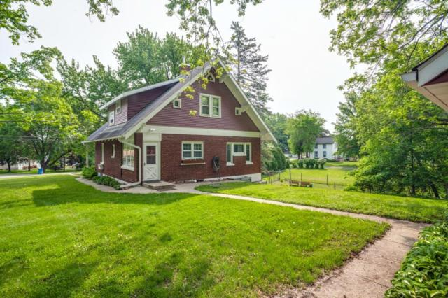 548 Mill Street, Excelsior, MN 55331 (#5275457) :: Bre Berry & Company