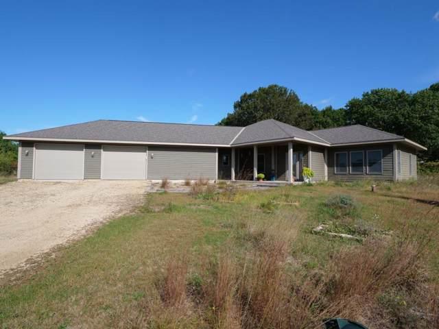 15212 667th Street, Wabasha, MN 55981 (#5289124) :: House Hunters Minnesota- Keller Williams Classic Realty NW
