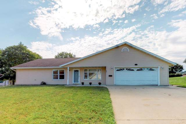 902 Marie Lane, Zumbrota, MN 55992 (MLS #5292946) :: The Hergenrother Realty Group