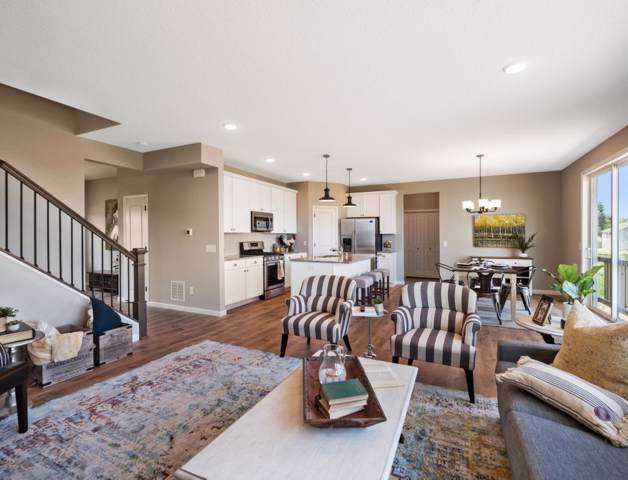 11658 33rd Street N, Lake Elmo, MN 55042 (#5329349) :: House Hunters Minnesota- Keller Williams Classic Realty NW