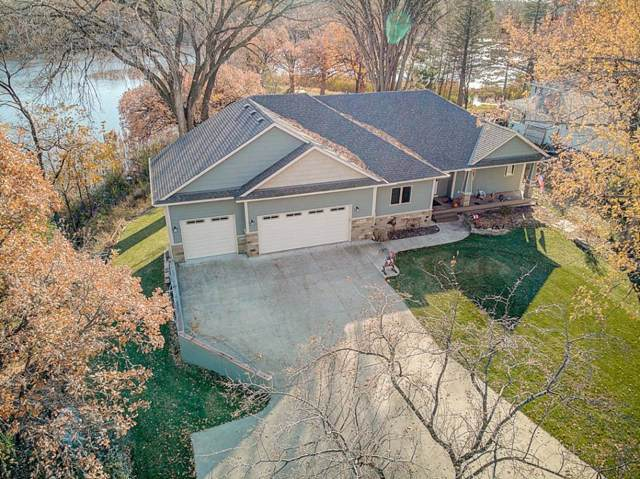 9209 Cedar Lake Road S, Saint Louis Park, MN 55426 (#5330273) :: HergGroup Northwest