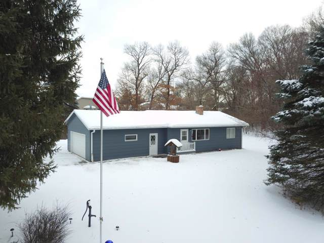 1011 Highway 35 N, Hudson Twp, WI 54016 (MLS #5431359) :: The Hergenrother Realty Group