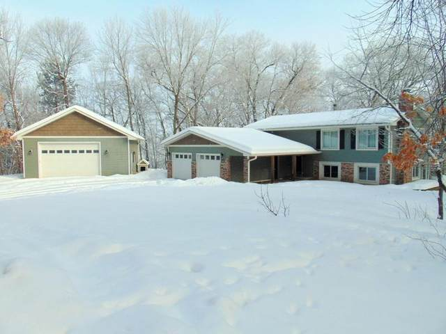 15235 Square Lake Trail N, Stillwater, MN 55082 (#5485162) :: Holz Group