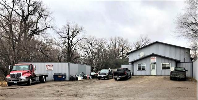 13396 Highway 7 E, Hutchinson, MN 55350 (#5489112) :: The Janetkhan Group