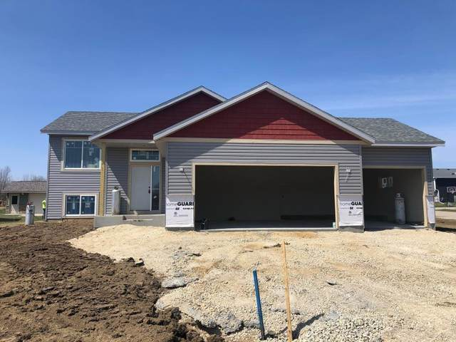 670 Nelson Drive, Wanamingo, MN 55983 (MLS #5555655) :: The Hergenrother Realty Group
