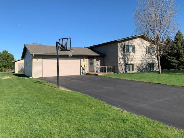 125 Hialeah Street, Osceola, WI 54020 (#5561166) :: The Odd Couple Team
