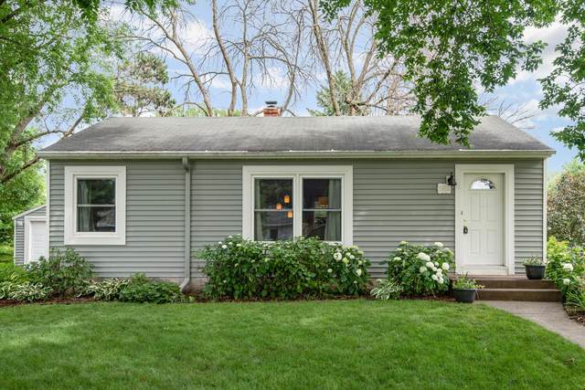 2956 Arona Street, Roseville, MN 55113 (#5614146) :: Happy Clients Realty Advisors