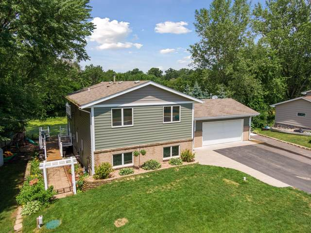 3949 S Enchanted Drive NW, Andover, MN 55304 (#5615503) :: The Odd Couple Team