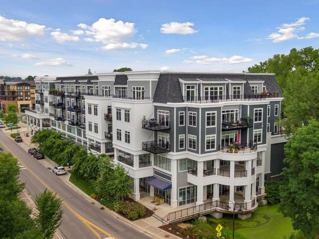 935 Lake Street E #305, Wayzata, MN 55391 (#5617411) :: The Janetkhan Group