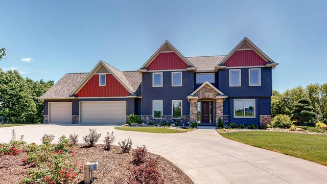 216 Majestic Road NW, Rochester, MN 55901 (MLS #5621496) :: The Hergenrother Realty Group