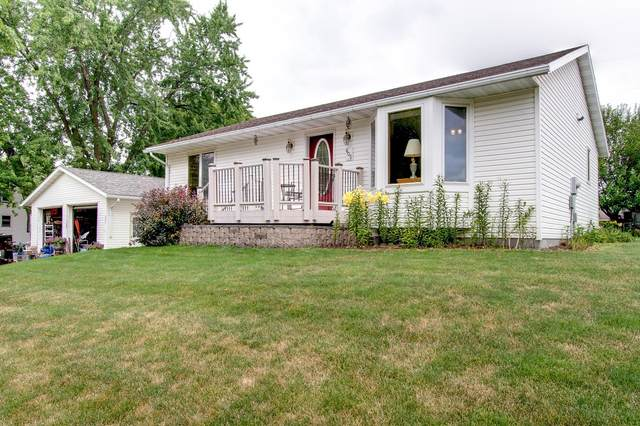 605 1st Avenue SE, New Prague, MN 56071 (#5628738) :: Tony Farah | Coldwell Banker Realty