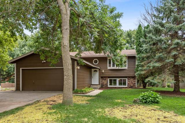 9970 207th Street W, Lakeville, MN 55044 (#5630331) :: The Pietig Properties Group