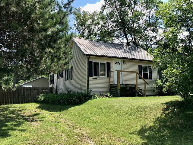802 SE 3rd Avenue, Grand Rapids, MN 55744 (#5632512) :: The Pietig Properties Group