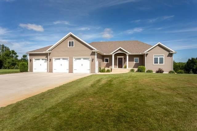 2742 Wilderness Ridge Road SE, Alexandria, MN 56308 (#5632640) :: The Pietig Properties Group