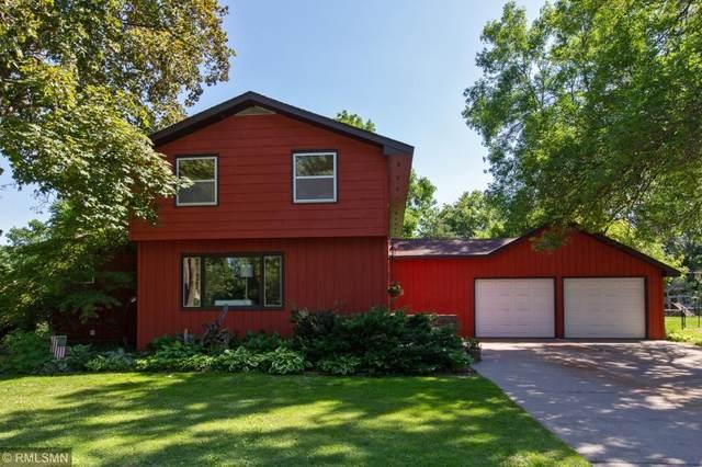 624 Berwood Avenue, Vadnais Heights, MN 55127 (#5636247) :: Tony Farah | Coldwell Banker Realty
