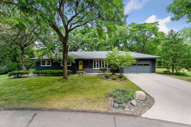 12824 Maywood Lane, Minnetonka, MN 55343 (#5636588) :: Tony Farah | Coldwell Banker Realty
