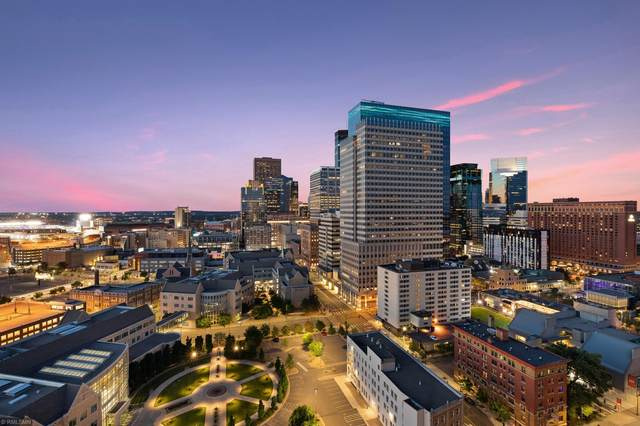 1201 Yale Place #2205, Minneapolis, MN 55403 (#5636997) :: Holz Group