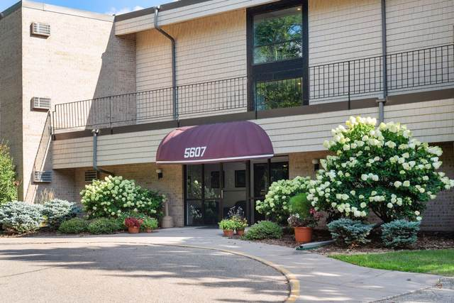 5607 Green Circle Drive #311, Minnetonka, MN 55343 (#5637343) :: Tony Farah | Coldwell Banker Realty