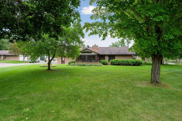 1175 Black Oaks Lane N, Plymouth, MN 55447 (#5638700) :: Bre Berry & Company