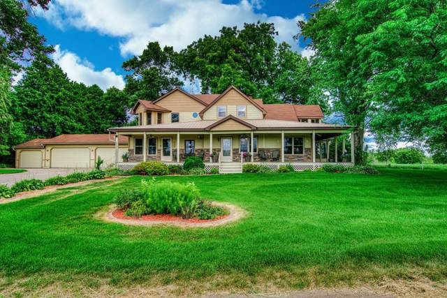 13223 340th Street, Center City, MN 55012 (#5638978) :: Servion Realty