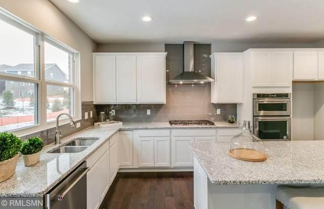3132 Lilac Avenue, Lake Elmo, MN 55042 (#5641494) :: Bos Realty Group