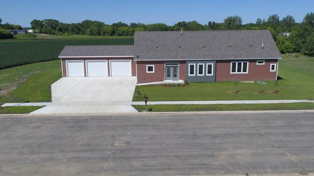 1404 Iowa State Avenue, Marshall, MN 56258 (#5641829) :: Straka Real Estate