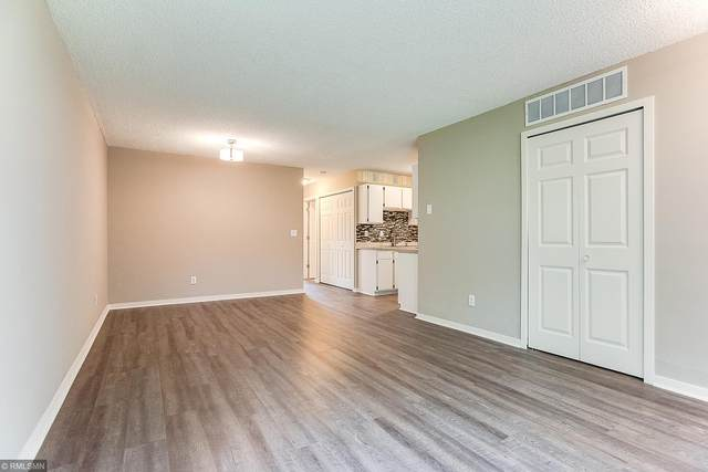 6542 84th Court N, Brooklyn Park, MN 55445 (#5644810) :: Bos Realty Group