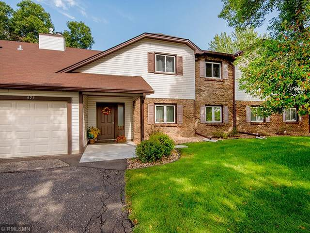 971 Greenhaven Drive #802, Vadnais Heights, MN 55127 (#5656190) :: The Janetkhan Group
