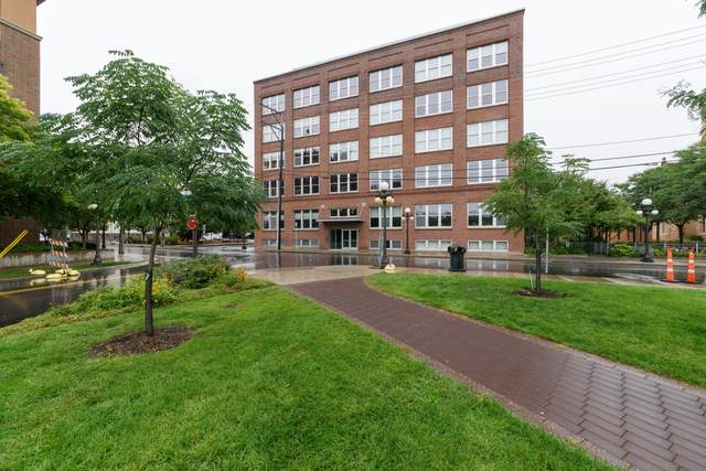 225 9th Street E #405, Saint Paul, MN 55101 (#5656573) :: Servion Realty