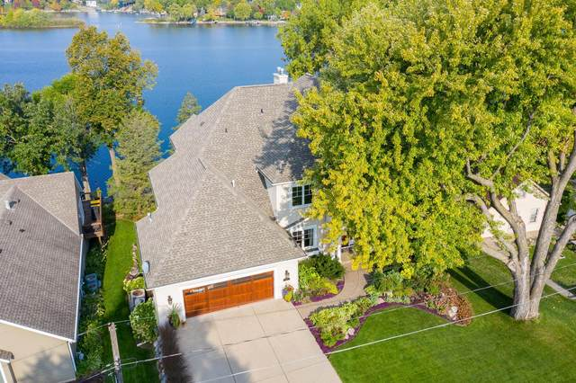 15510 Red Oaks Road SE, Prior Lake, MN 55372 (#5662096) :: The Janetkhan Group