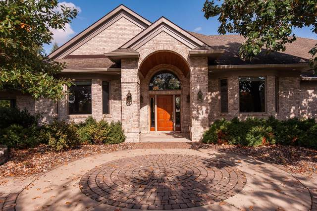 2825 Fox Chase Lane SW, Rochester, MN 55902 (MLS #5664978) :: The Hergenrother Realty Group
