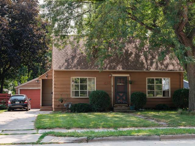 818 14th Street NW, Rochester, MN 55901 (MLS #5665403) :: The Hergenrother Realty Group
