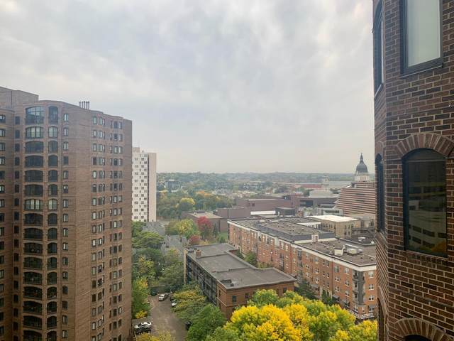 1201 Yale Place #1201, Minneapolis, MN 55403 (#5665638) :: Bre Berry & Company