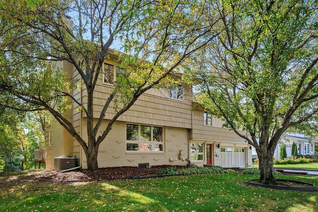 4817 Dunberry Lane, Edina, MN 55435 (#5675663) :: Servion Realty