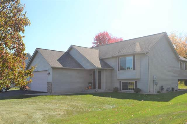 2412 Somerset Knoll, Hudson, WI 54016 (MLS #5676987) :: The Hergenrother Realty Group