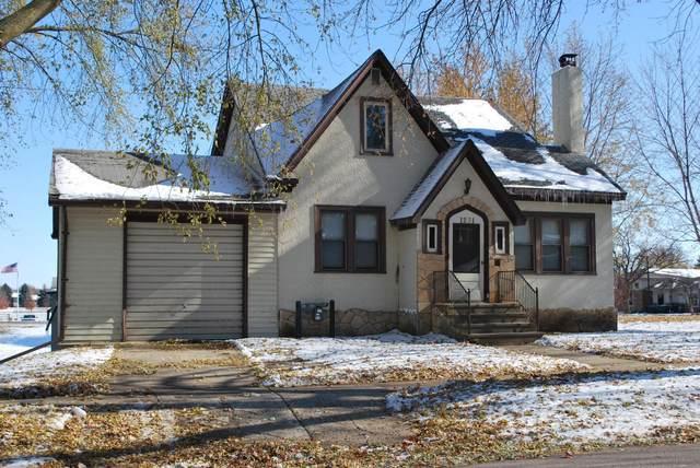 1231 Albion Avenue, Fairmont, MN 56031 (#5679426) :: The Janetkhan Group