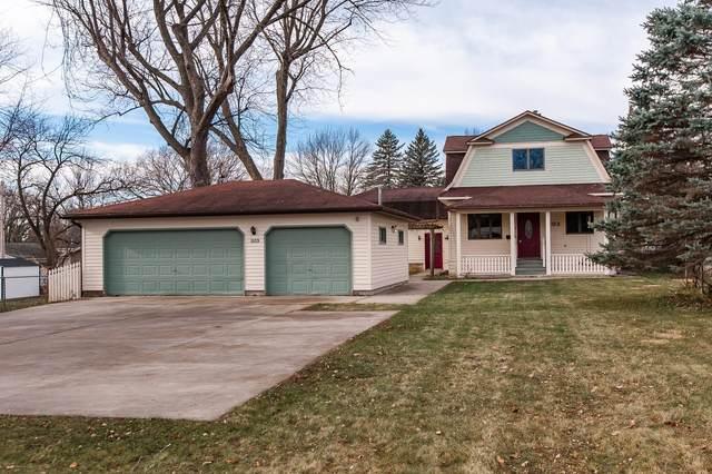 1103 11th Avenue NE, Rochester, MN 55906 (#5686009) :: Tony Farah | Coldwell Banker Realty
