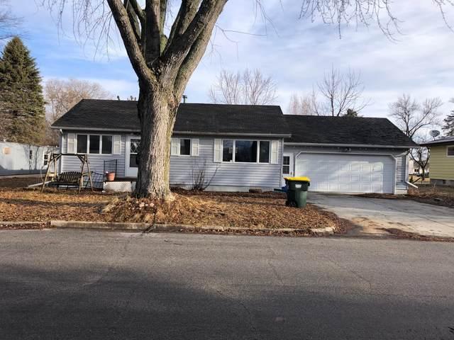 604 E Evergreen Avenue, Olivia, MN 56277 (#5692604) :: Straka Real Estate