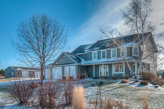 W6045 845th Avenue, River Falls, WI 54022 (#5693918) :: Holz Group