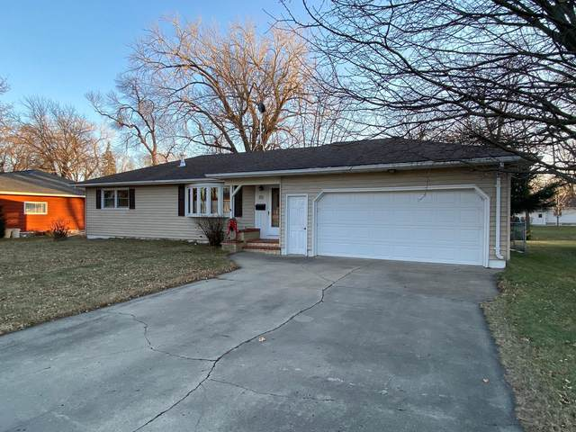458 Day Street, Fairmont, MN 56031 (#5695600) :: Tony Farah   Coldwell Banker Realty