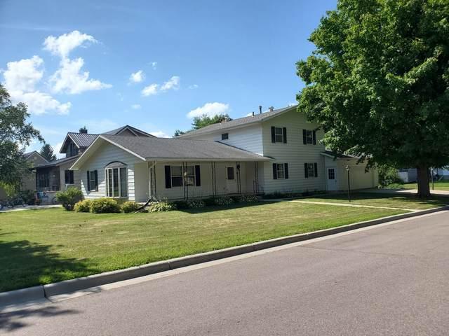 901 Walters Street, Lakefield, MN 56150 (#5696479) :: Tony Farah | Coldwell Banker Realty