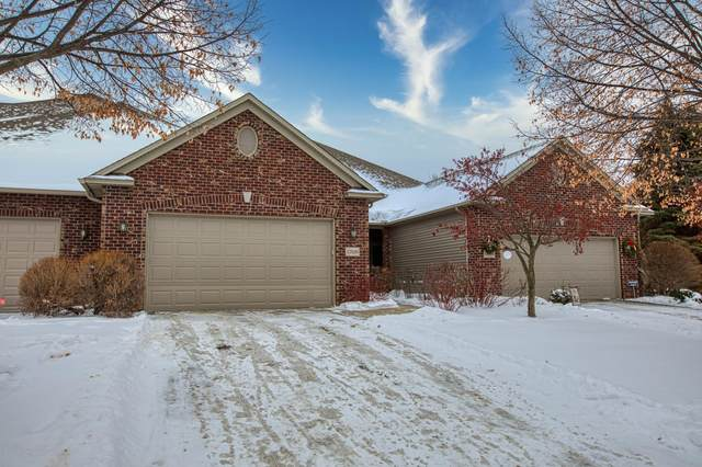 17026 Kings Court, Lakeville, MN 55044 (#5697003) :: Holz Group