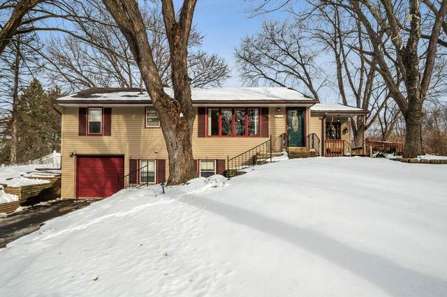 2555 Roth Place, White Bear Lake, MN 55110 (#5700716) :: Happy Clients Realty Advisors