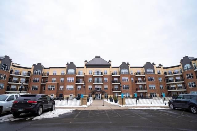 1800 Graham Avenue #425, Saint Paul, MN 55116 (#5701111) :: Tony Farah | Coldwell Banker Realty