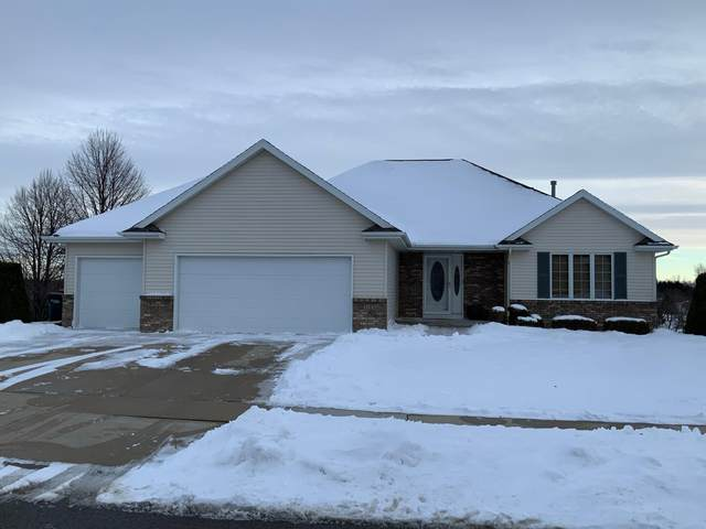 5102 Nicklaus Drive NW, Rochester, MN 55901 (#5703981) :: Tony Farah | Coldwell Banker Realty