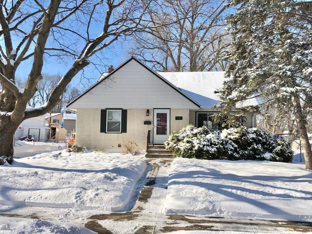 1181 Herbert Street, Saint Paul, MN 55106 (#5704012) :: Tony Farah | Coldwell Banker Realty