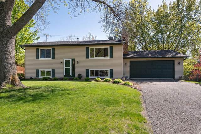 9920 Cromwell Drive, Eden Prairie, MN 55347 (#5704169) :: Tony Farah | Coldwell Banker Realty